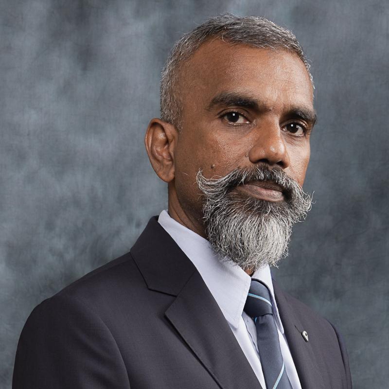 Associate Professor Dr Mohd Azlan Jayasilan bin Abdul Gulam Azad
