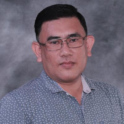 Encik Mohd Hadzan Bin Mos