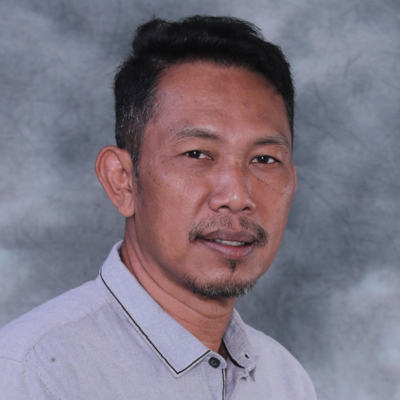 Encik Rajuna bin Tahir